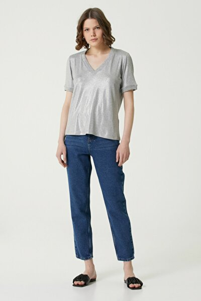 Kadın Basic Fit Gri Parlak Dokulu T-shirt 1079960