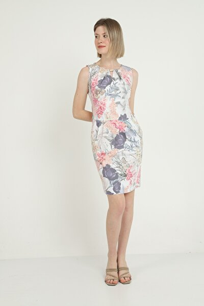 Kadın Çiçek Desenli Aksesuarlı Elbise