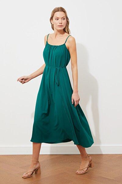 Yeşil Kuşaklı Elbise TWOSS21EL3748