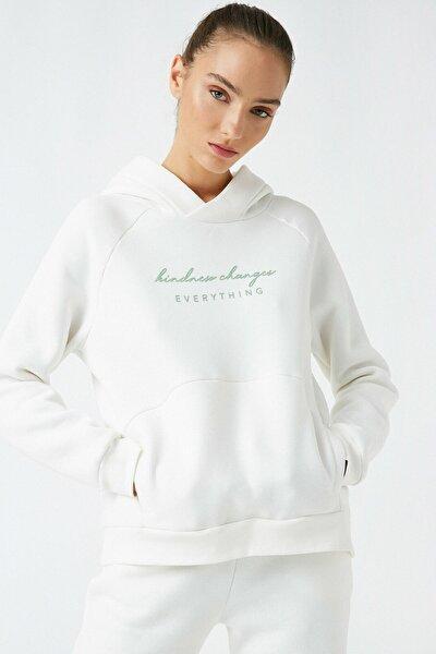 Kadın Beyaz Respect Life Yasama Saygi Organik Pamuklu Yazılı Baskılı Sweatshirt