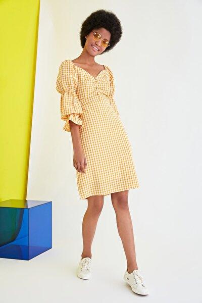 Çok Renkli Kareli Kol Detaylı Elbise TWOSS21EL0602
