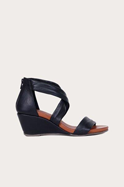 Kadın Bueno Siyah Deri Dolgu Topuklu Sandalet