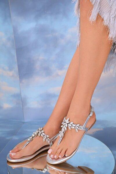 Kadın Lavion Hakiki Deri Gümüş Günlük Taşlı Sandalet