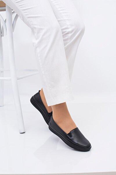 Kadın Siyah Deri Ortopedik Taban Günlük Düz Anne Ayakkabısı