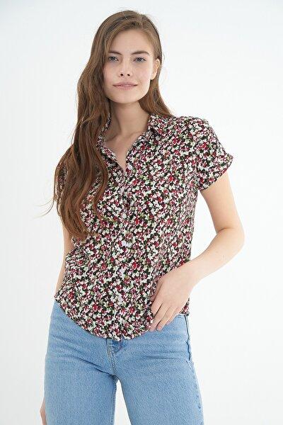 Kadın Kısa Kollu Gömlek P21s169-1546
