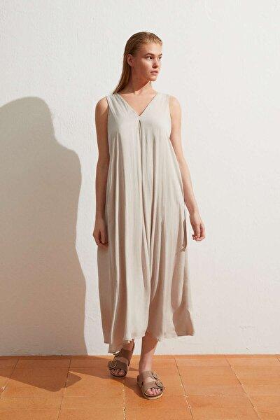 Kadın Gri Uzun Saten Elbise
