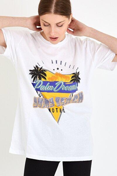 Kadın Beyaz Sunny Beach Baskılı T-shirt