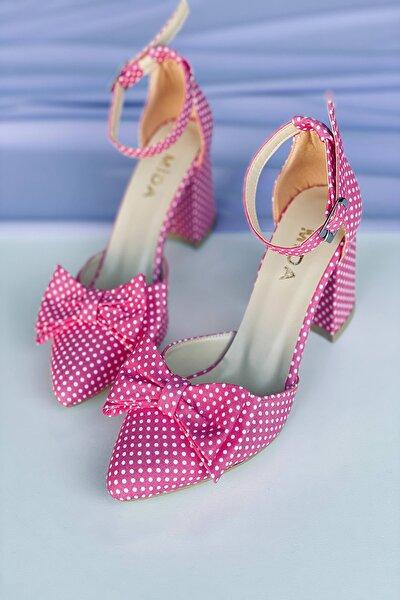 Pembe Puantiyeli Fiyonklu Topuklu Ayakkabı