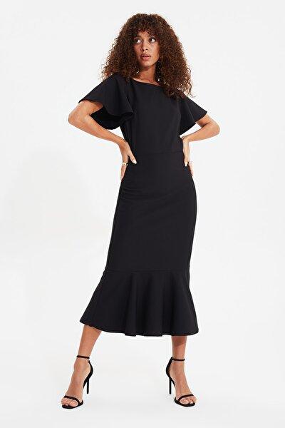 Siyah Volanlı Midi Elbise TWOSS20EL1342