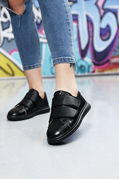 Kadın Cırtlı Krokodil Desen Ayakkabı