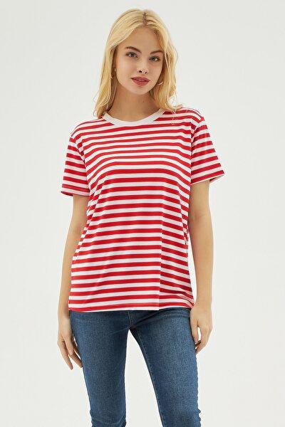 Kadın Kırmızı Çizgili Örme Kısa Kollu Tişört P21s201-2284