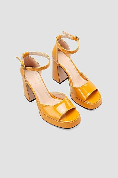 Kadın Hardal Rugan Topuklu Ayakkabı