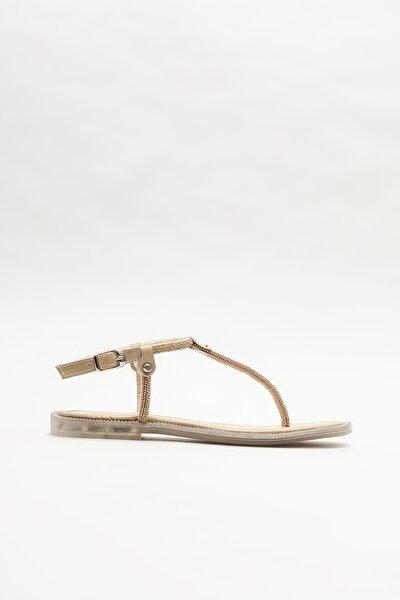 Kadın Naturel Parmakarası Sandalet