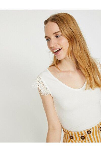 Kadın Beyaz V Yaka Kısa Kollu T-Shirt 9YAL18907OK