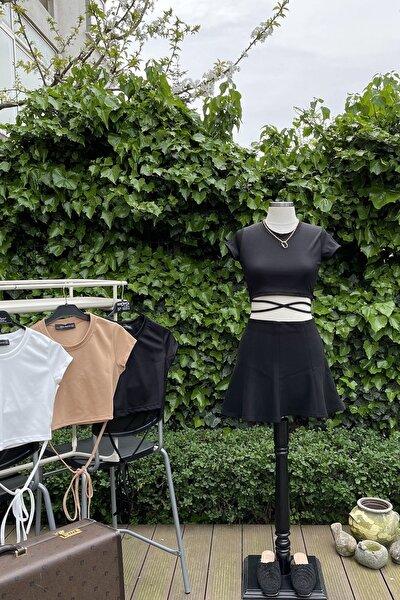 Kadın Siyah Beli İp Detaylı Crop Kesim Esnek Kumaş T-shirt