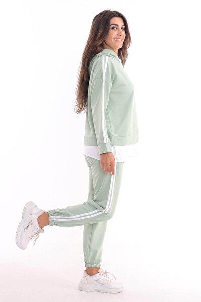 Kadın Yeşil Kapşonlu Şeritli Takım