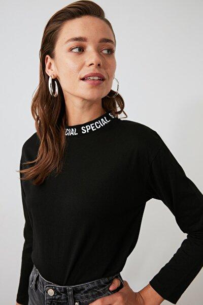 Siyah Yakası Baskılı Basic Uzun Kol Örme T-shirt TWOAW20TS0230