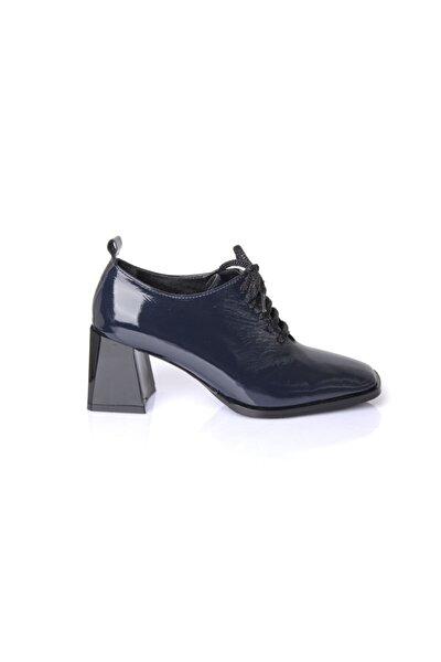 Kadın Lacivert Hakiki Deri  Rugan Ayakkabı 7235