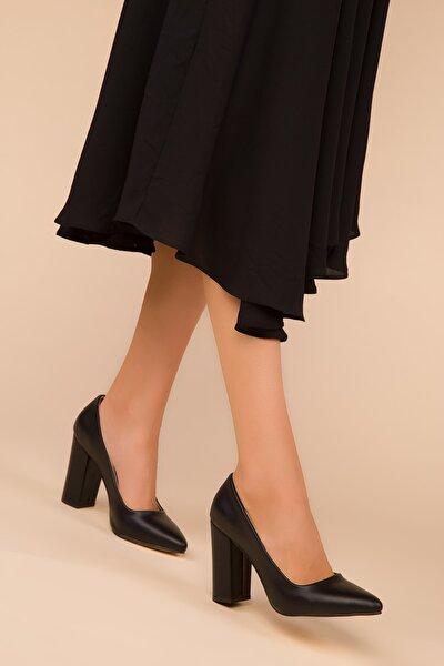 Siyah Kadın Klasik Topuklu Ayakkabı 15313