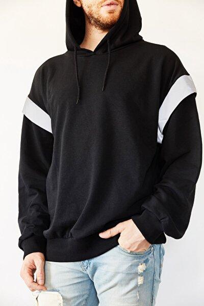 Siyah Reflektör Detaylı Oversize Bol Kesim Sweatshirt 0yxe8-44070-02