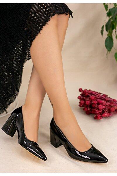 Kadın Siyah Manina Rugan Topuklu Ayakkabı