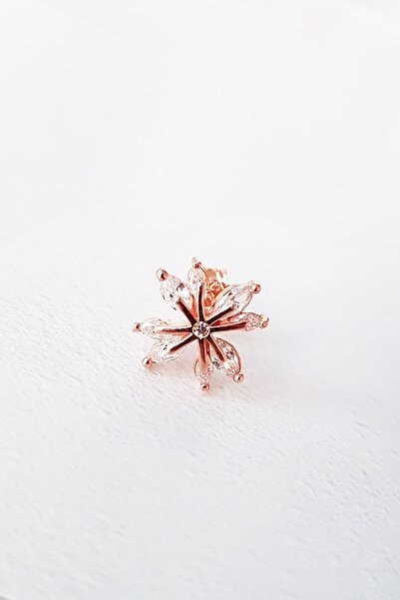 Tekli Ithal Taşlı Mini Flower Gümüş Küpe