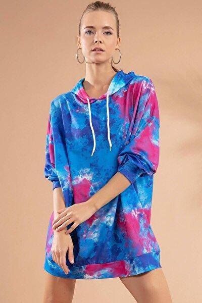 Kadın Mavi Batik Desenli Kapşonlu Örme Sweatshirt Elbise Y20W110-4125-21