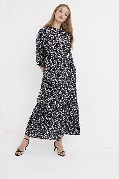 Kadın Çiçek Desen Etegi Volanlı Maxi Elbise