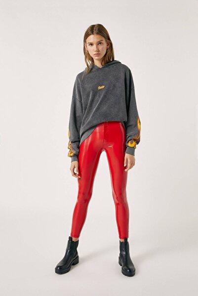 Kadın Kırmızı High-Waist Vinyl Trousers 09678314