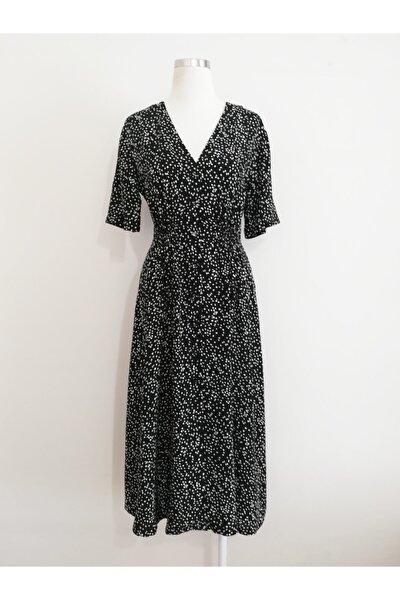 Kadın Siyah Belden Büzgülü V Yakalı Elbise