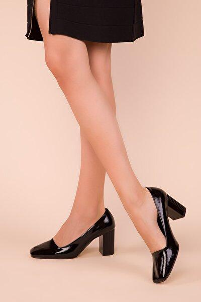 Siyah Mat Rugan Kadın Klasik Topuklu Ayakkabı 15346