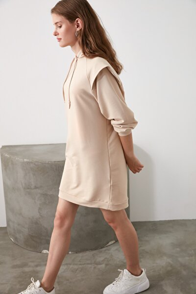 Camel Omuz Detaylı Oversize Örme Elbise TWOAW21EL1104