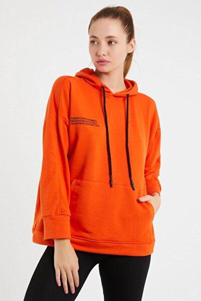 Kadın  Turuncu Kapşonlu Kanguru Cepli Sweatshirt