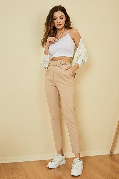 Kadın Bej Kemer Detaylı Yüksek Bel Pantolon