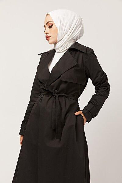 Kadın Siyah Kuşaklı Trençkot