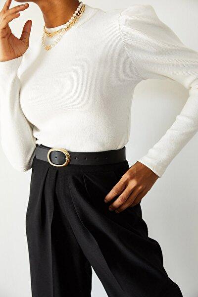 Kadın Beyaz Omuzları Büzgülü Bluz 1KZK3-10750-01
