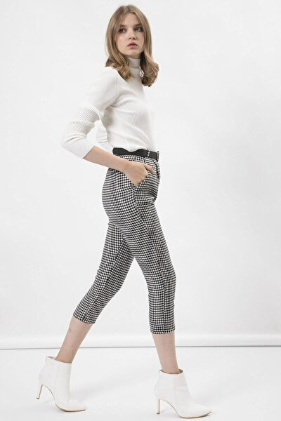Kadın Beyaz Kazayağı Kemerli Kaşe Pantolon