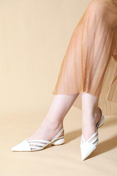 Midye Topuk Detay Sivri Kalıp Ayakkabı