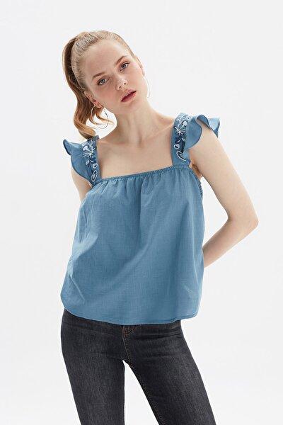 Indigo Nakışlı Askılı Bluz TWOSS20BZ1146