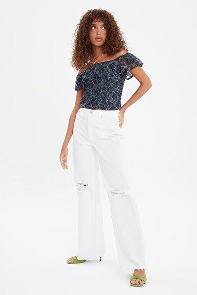 Beyaz Yırtık Detaylı Yüksek Bel Wide Leg Jeans TWOAW21JE0539