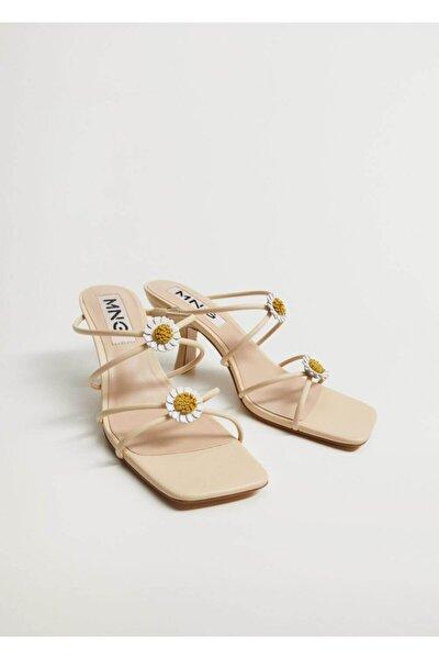 Kadın Bej Topukları Çiçekli Deri Sandalet