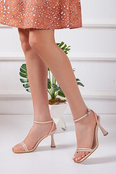 Kadın Bej Yazlık Topuklu Ayakkabı