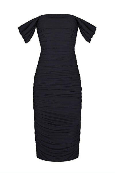 Kadın Siyah Drapeli Düşük Omuzlu Abiye Elbise