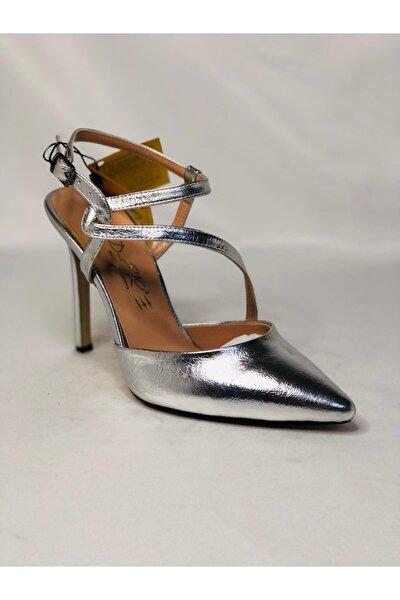 Gümüş Baskılı Ince Topuklu Ayakkabı