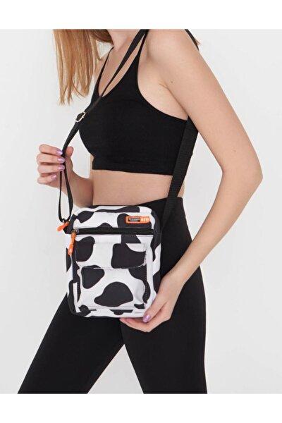 Kadın Siyah Beyaz Trend İnek Desenli Üç Gözlü Cross Bag
