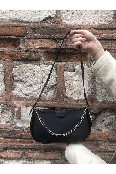 Kadın Siyah Ince Zincirli Baget Çanta