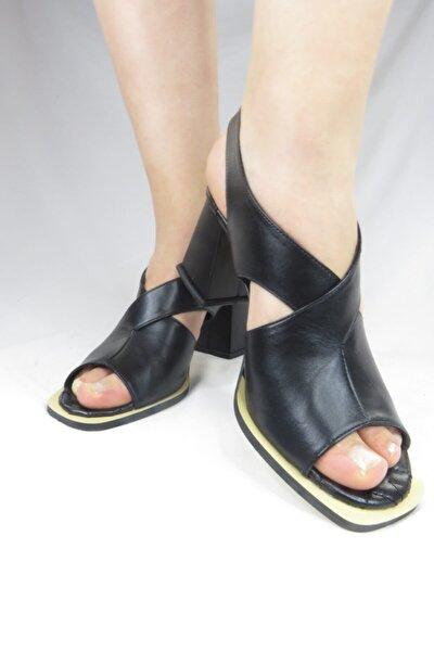 Kadın Siyah Hakiki Deri Klasik Topuklu Ayakkabı