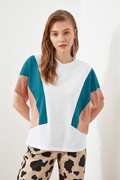 Beyaz Renk Bloklu Boyfriend Örme T-shirt TWOSS19AD0014