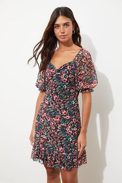 Çok Renkli Çiçek Desenli Tül Örme Elbise TWOSS20EL1690