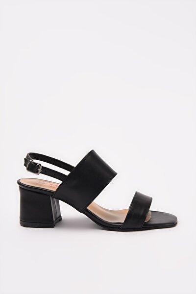Siyah Kadın Sandalet 01SAY209530A100